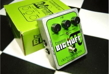 bass-big-muff-pi-review-photo-1