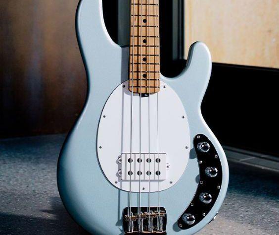 best bass guitar for punk