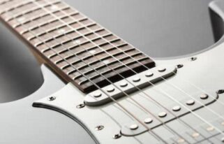best strings for stratocaster